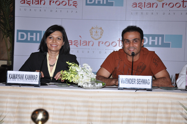 virender sehwag press confrence with DHI